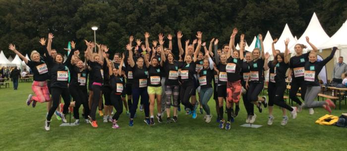 Das eufom/FOM Team war mit 45 Läuferinnen und Läufern beim B2Run Firmenlauf in Köln am Start.