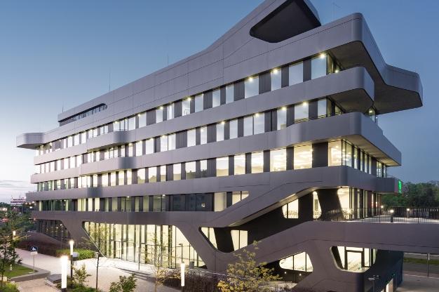 Das neue Hochschulzentrum der eufom Business School in Düsseldorf