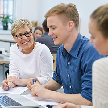 Für Unternehmen - Studierende des Bachelor-Studiengangs Business Psychology